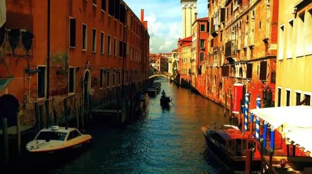 别老想着出国,这里也有个威尼斯水乡!