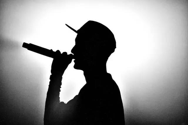 小众音乐流派的嘻哈,为何受到年轻人们的喜爱