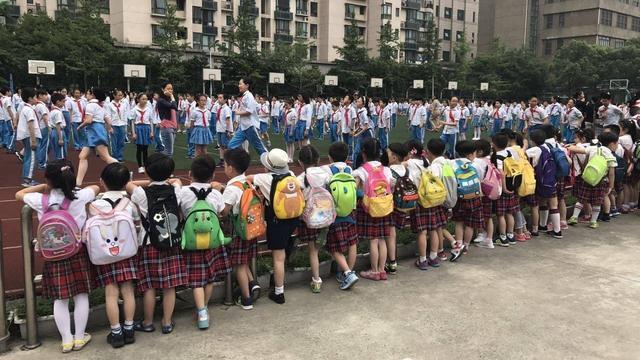 广东拥有全国近10%小学生,河南小学在校生人数第一易主