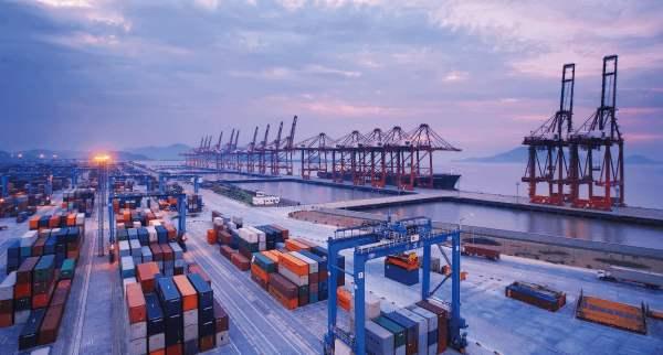 盐田国际建成全球最佳集装箱码头