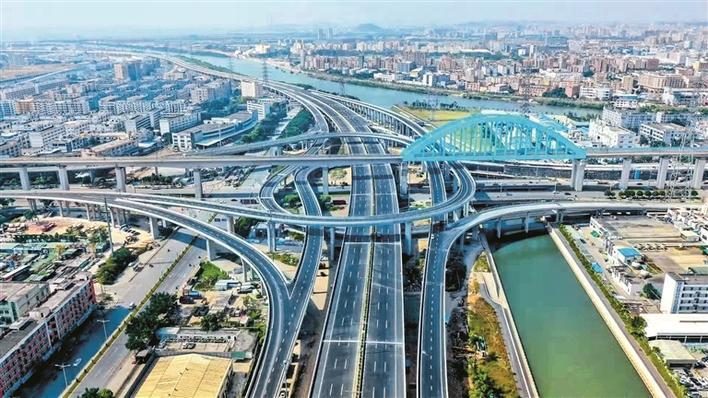 深圳外环高速公路一期正式建成通车